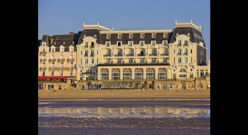 Hotel mercure cabourg hippodrome for Hotels cabourg