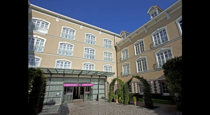 Hotel residence pierre rosi res pr s troyes for Hotels troyes