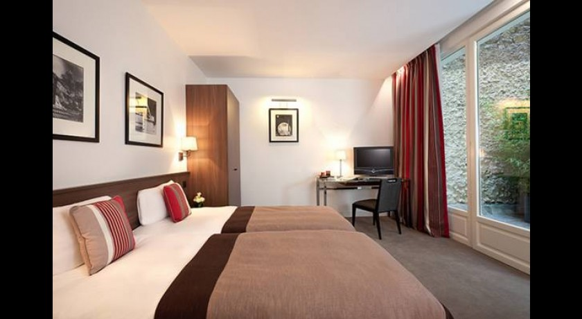 Modern h tel val girard paris for Modern hotel paris