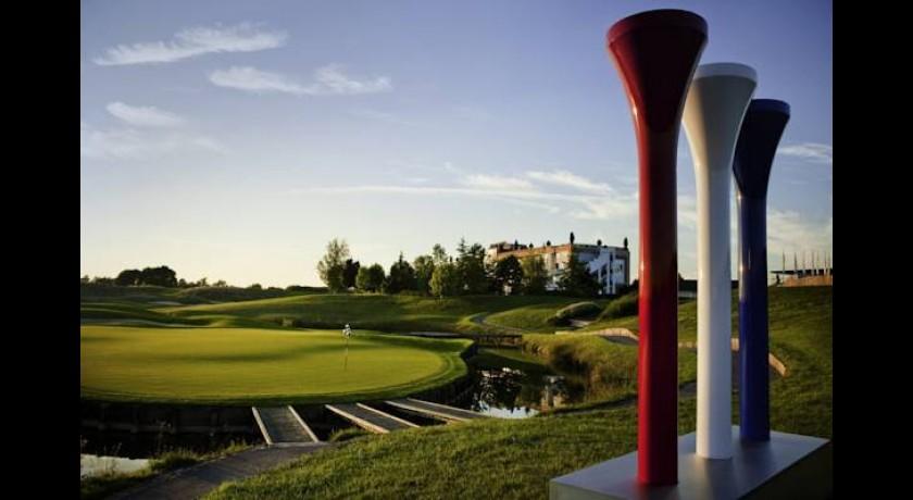 hotel novotel saint quentin golf national magny les hameaux. Black Bedroom Furniture Sets. Home Design Ideas
