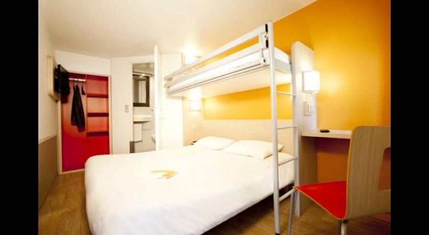 Villages h tel villepinte for Hotels villepinte