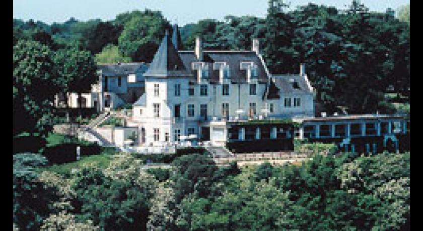 Hotel auberge de la sansonniere saint georges des sept voies for Les hotels francais
