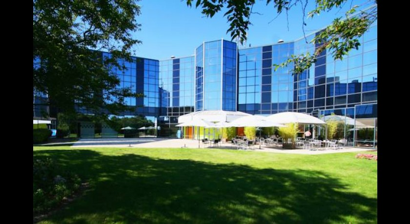 Hotel Radisson Sas Charles De Gaulle Airport  Le Mesnil-amelot