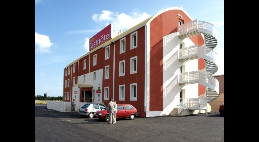Relais Fasthotel Nimes Ouest  Lunel  Aimargues