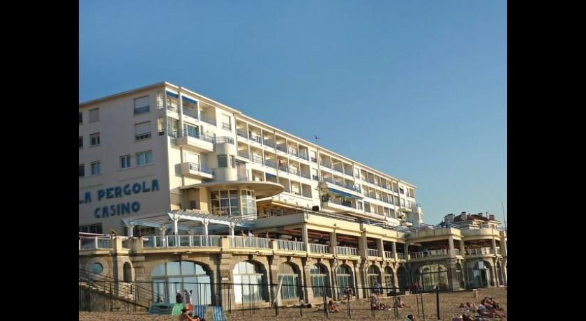 Hotel R 233 Sidence La Pergola Saint Jean De Luz