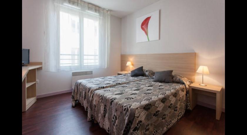 h tel terminus du forez saint etienne. Black Bedroom Furniture Sets. Home Design Ideas
