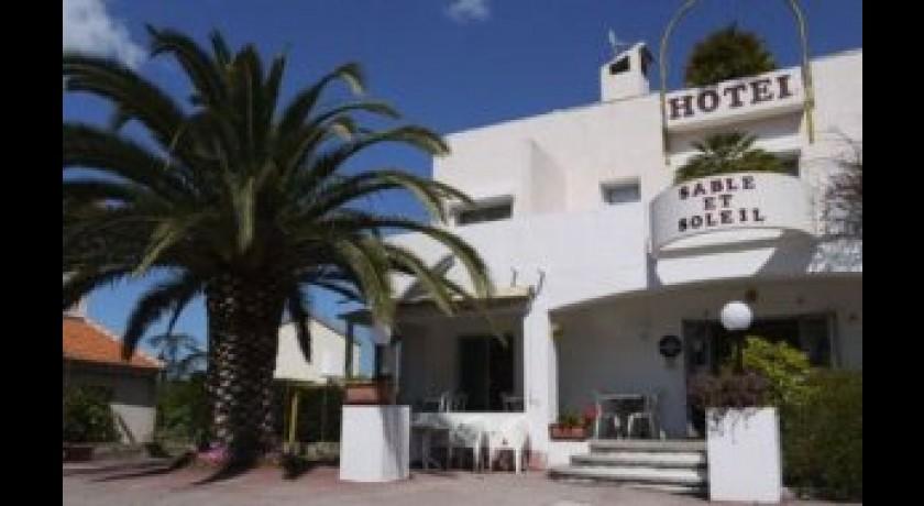 hotel sable et soleil fr jus. Black Bedroom Furniture Sets. Home Design Ideas