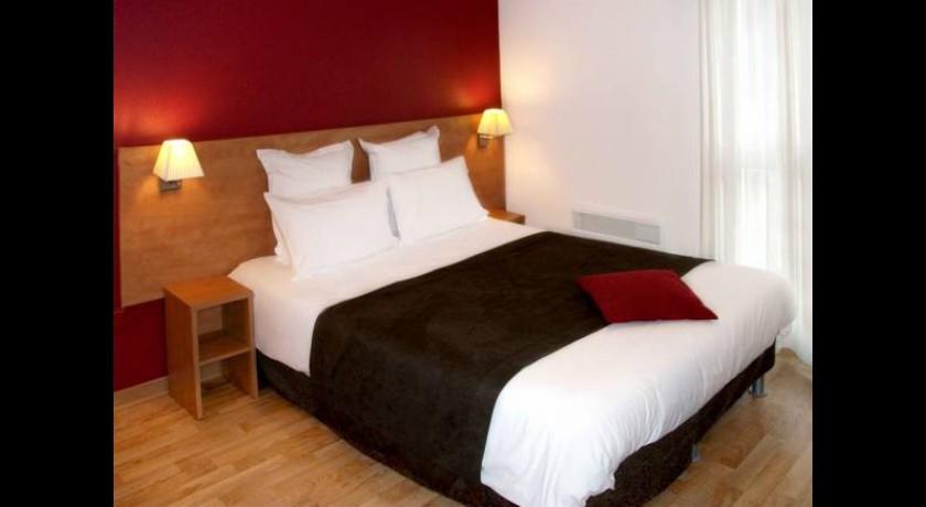 etap hotel saint sylvain d 39 anjou. Black Bedroom Furniture Sets. Home Design Ideas