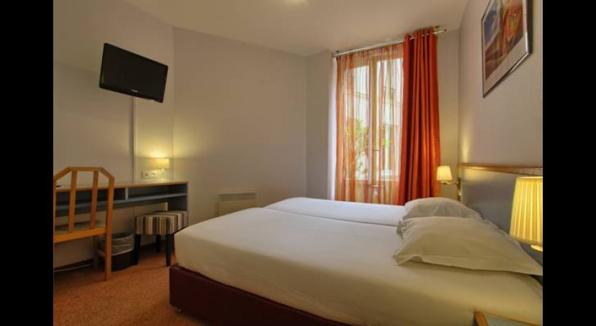 hotel mercure paris chateau landon gare de l 39 est. Black Bedroom Furniture Sets. Home Design Ideas