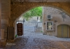 Photo Gordes, passage dans le village
