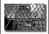 Photo Le Louvre à travers la Pyramide, Paris