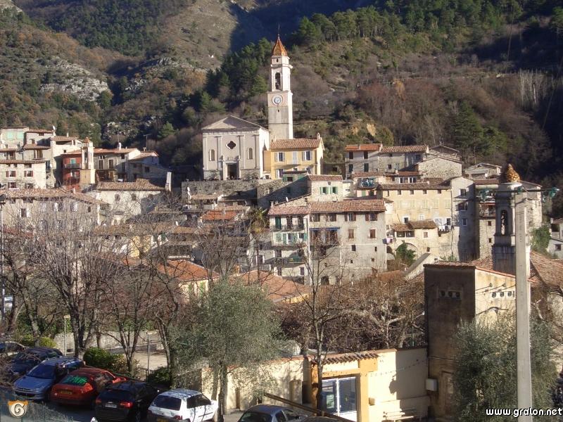 Zoom photos for Le village du meuble bordeaux