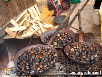 Photo des ch taignes grill es photos alimentation saint jeannet - Calories chataignes grillees ...