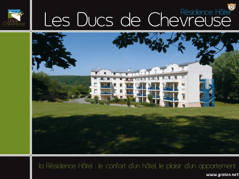 Residence Hotel Les Ducs De Chevreuse Chevreuse France