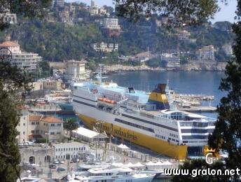 photo le ferry pour la corse photos transport maritimes nice. Black Bedroom Furniture Sets. Home Design Ideas