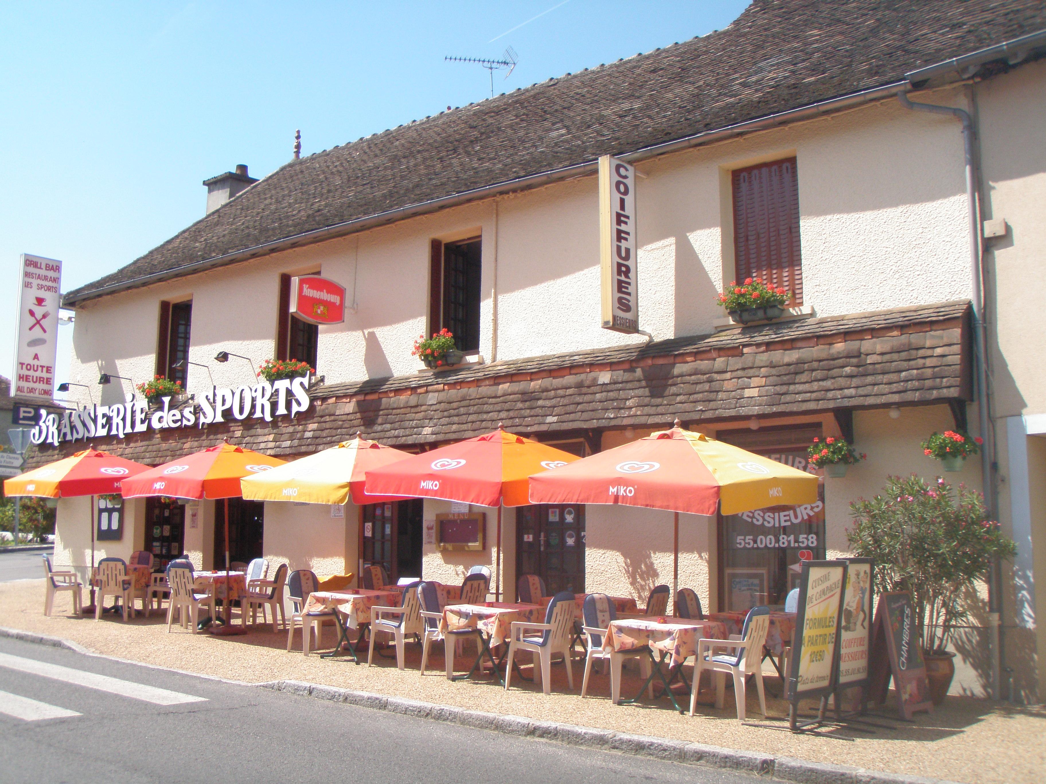 Restaurant restaurant l 39 aquarium magnac laval for Equipement restaurant laval