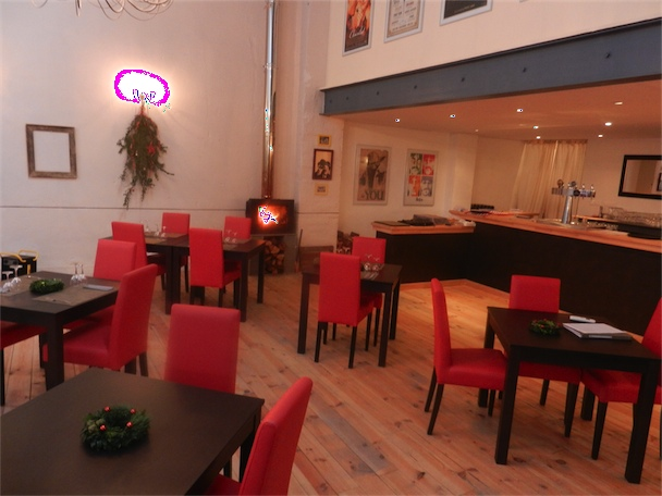 restaurant la ferme de janou bugarach. Black Bedroom Furniture Sets. Home Design Ideas
