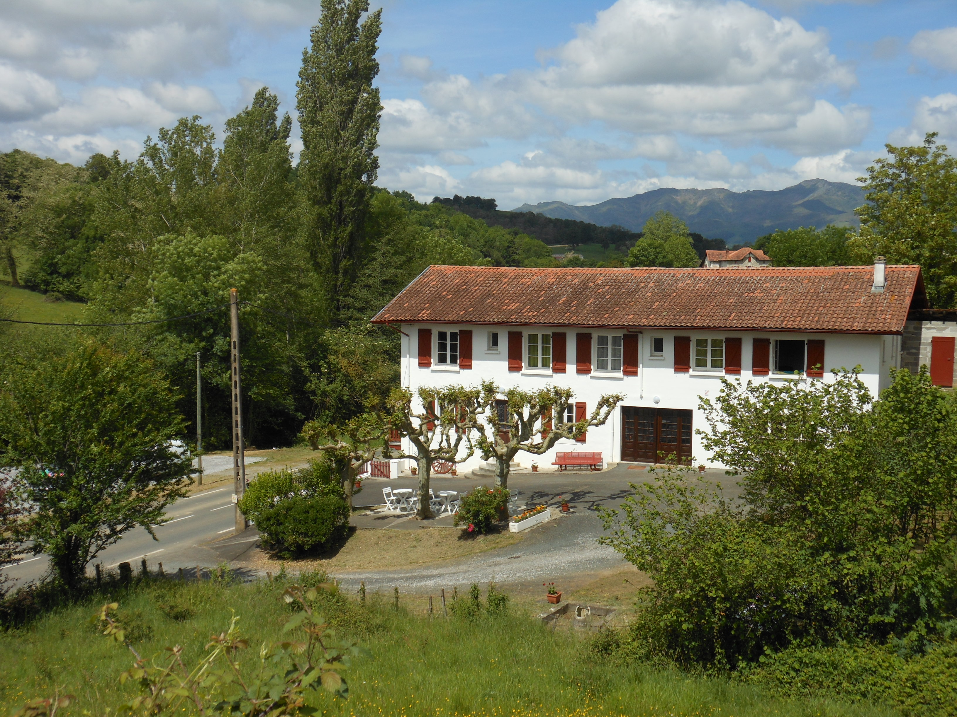 Restaurant les sapins saint jeoire - Places to stay in st jean pied de port ...