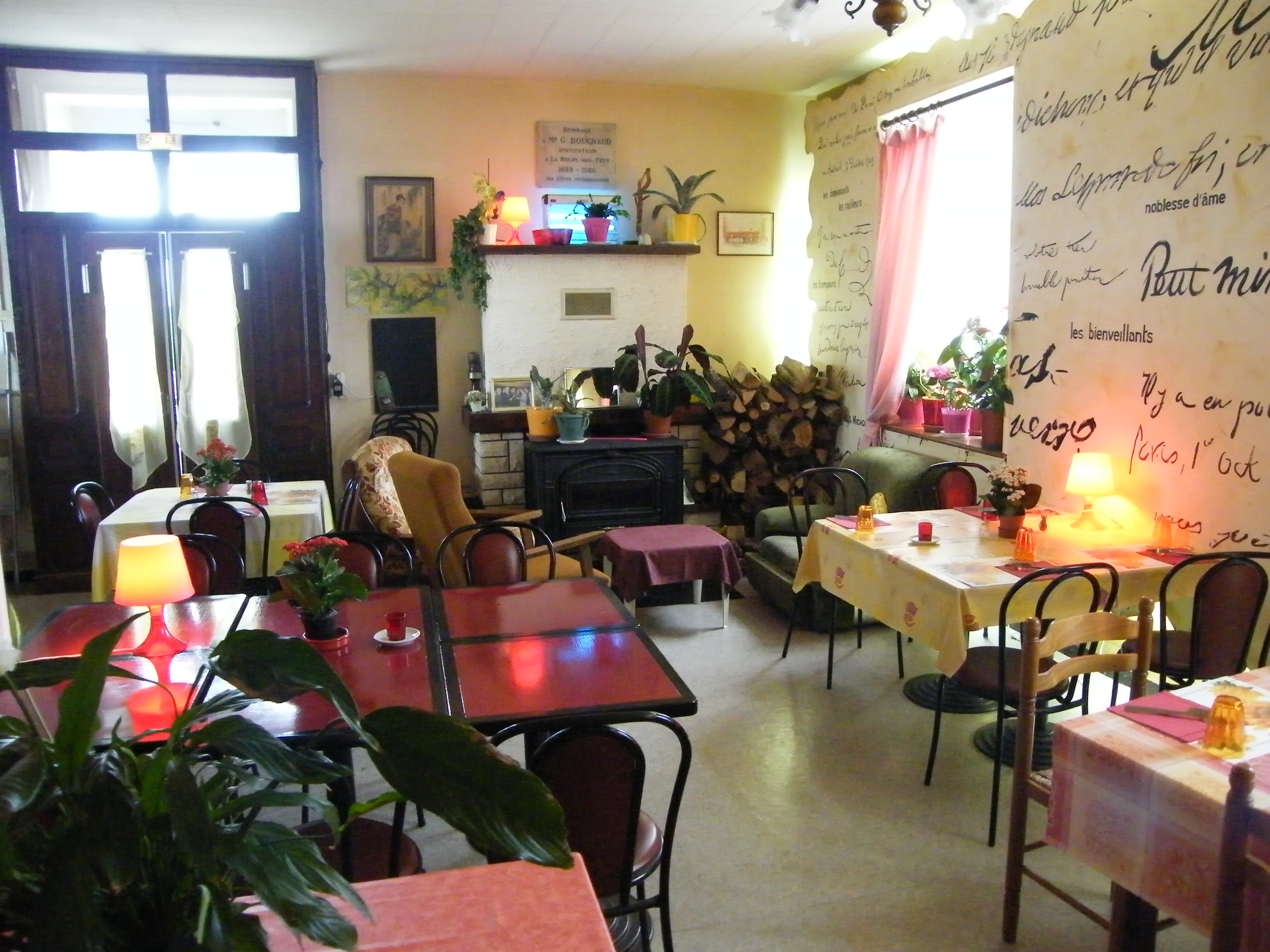 Restaurant le jardin du siam laroque d 39 olmes for Restaurant le jardin vias