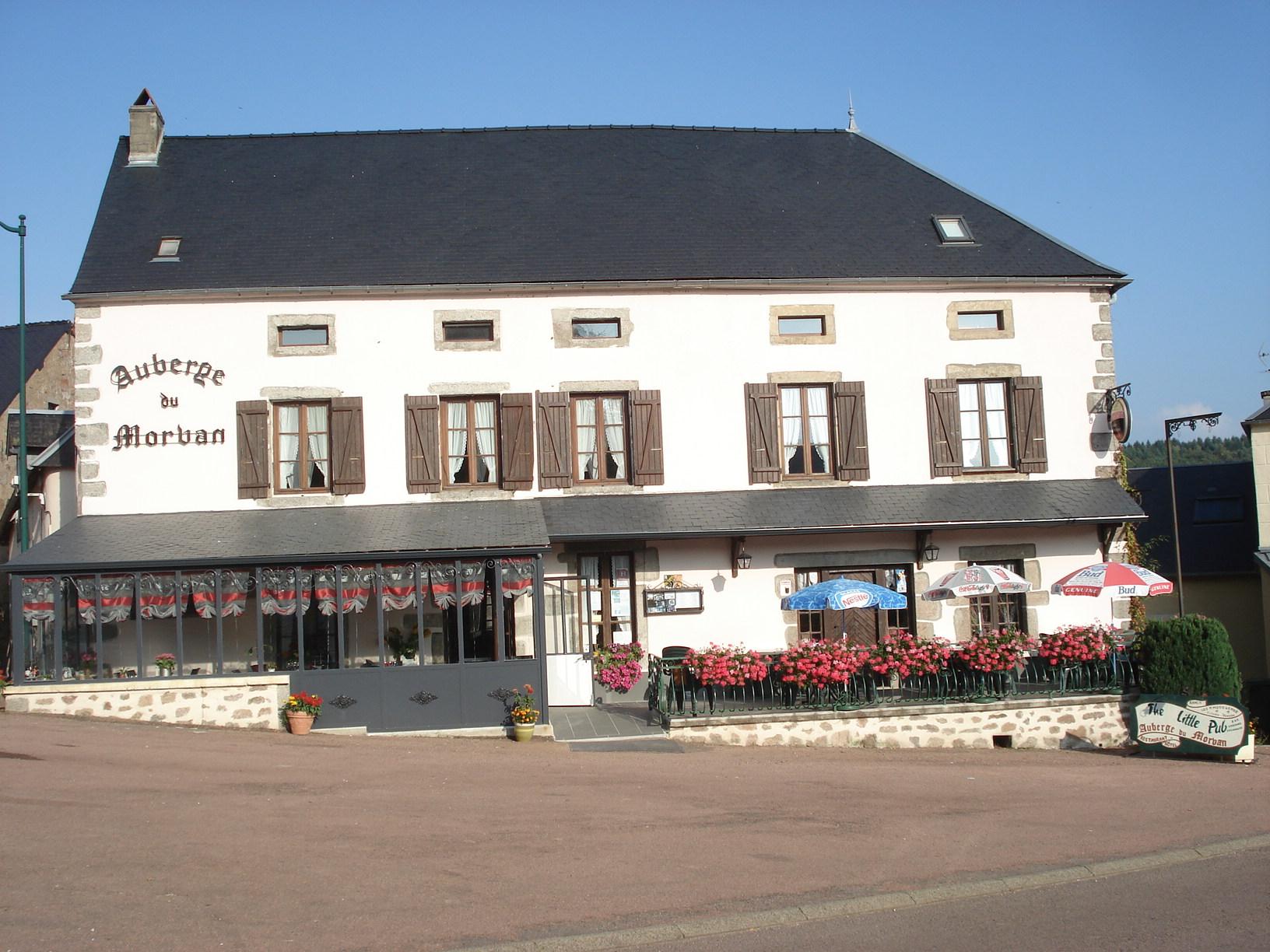 Restaurant Les Grillons Du Morvan Montsauche