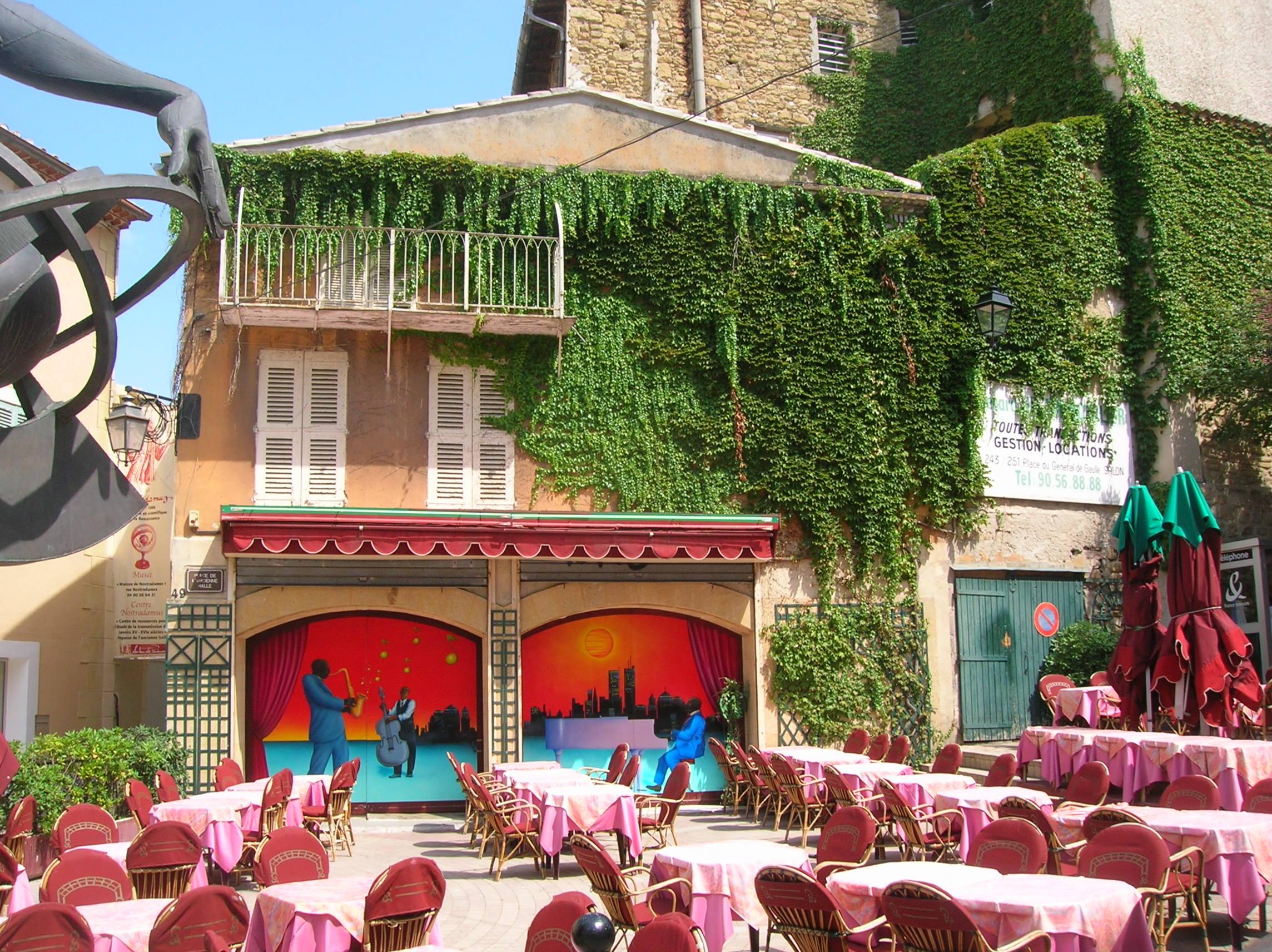 Restaurant La Salle A Manger Salon De Provence