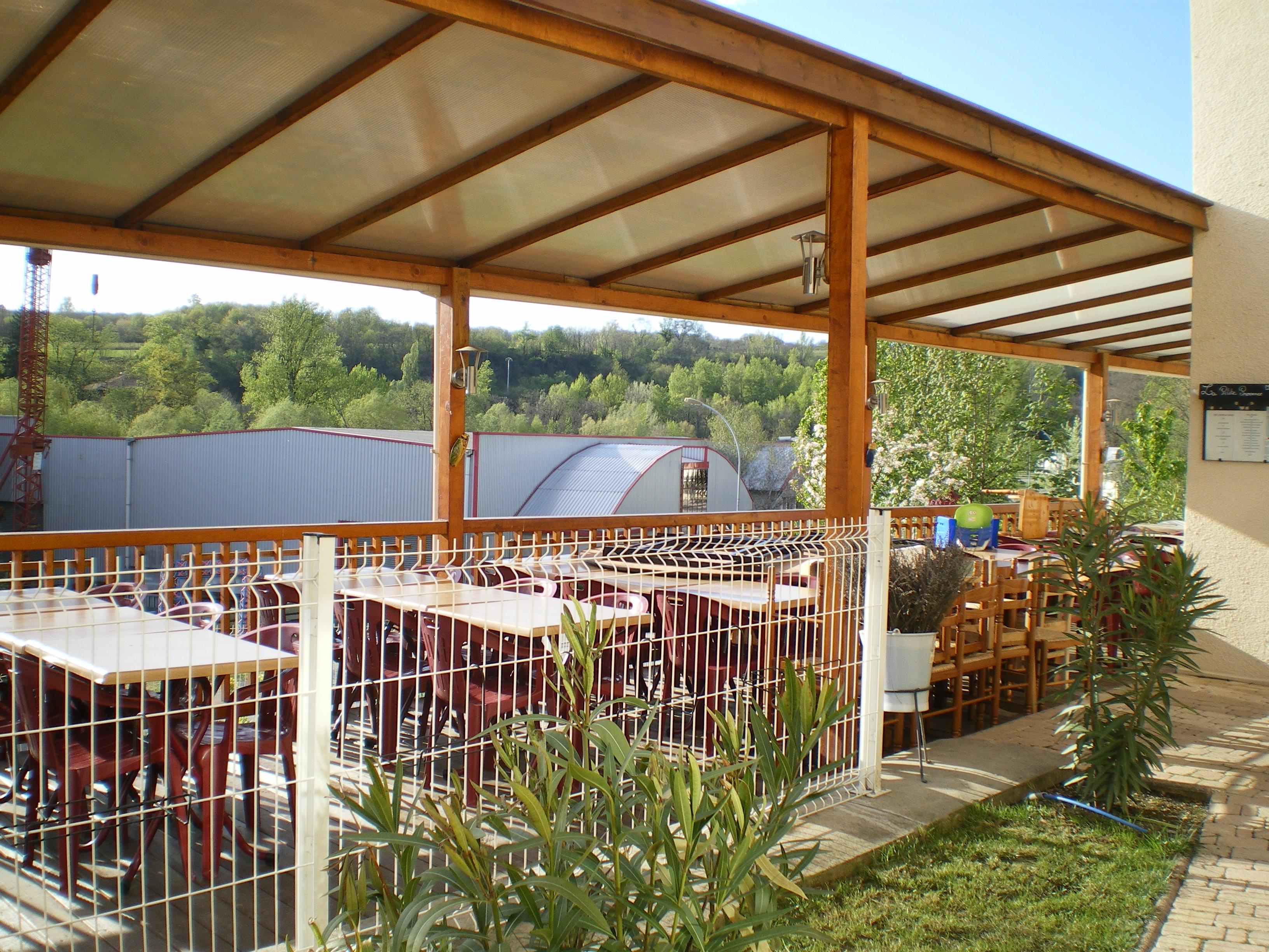 Restaurant Rest U0026quot O U0026quot Pub Odyss U00e9e Mo U00eblan