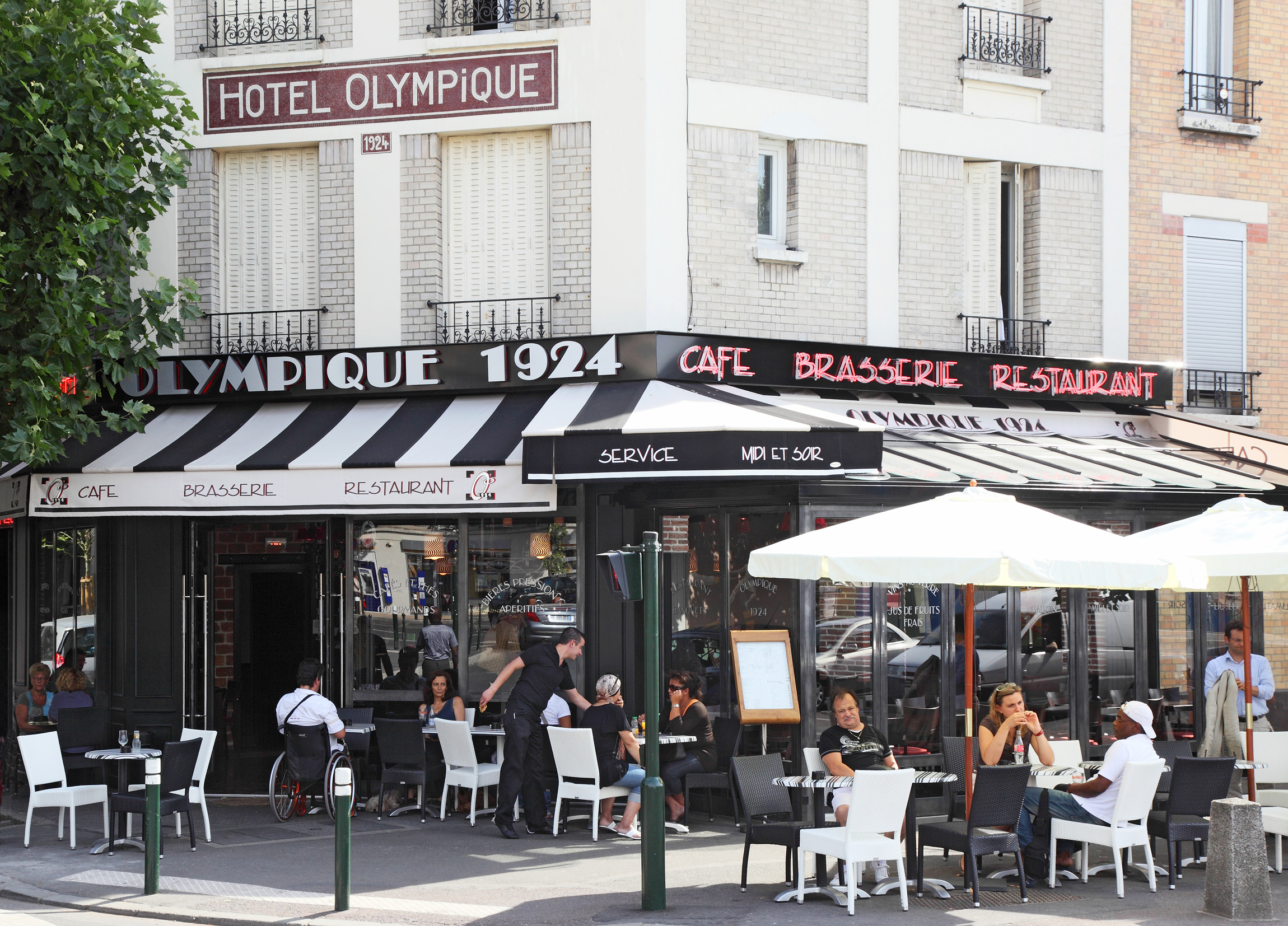 restaurant auberge du 14 juillet la garenne colombes. Black Bedroom Furniture Sets. Home Design Ideas