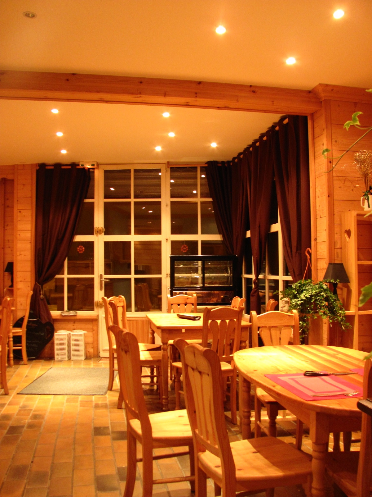 Restaurant auberge l 39 ombelle le miroir for Le miroir restaurant