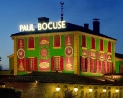 Auberge Du Pont De Collonges - Paul Bocuse Collonges Au Mont D'or