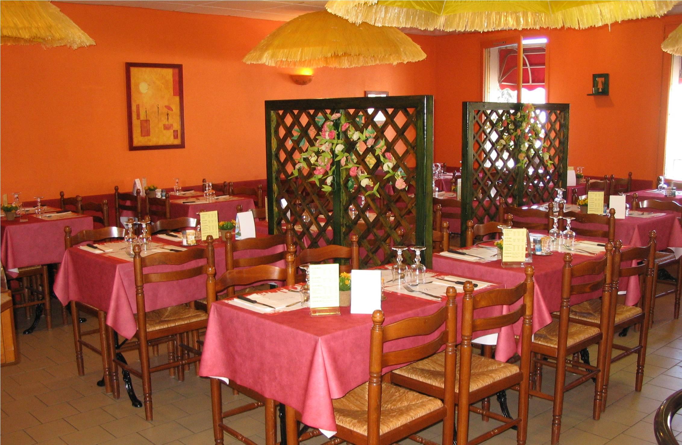restaurant d lices d atlantis saint herblain. Black Bedroom Furniture Sets. Home Design Ideas