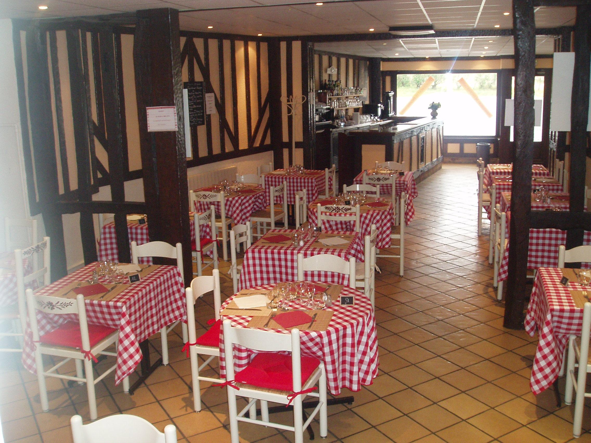 restaurant le relais du vieux ch teau nonancourt. Black Bedroom Furniture Sets. Home Design Ideas