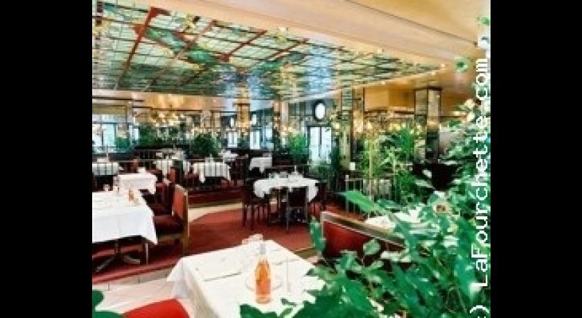 Restaurant Brasserie De La Poste H 244 Tel Ibis Montargis