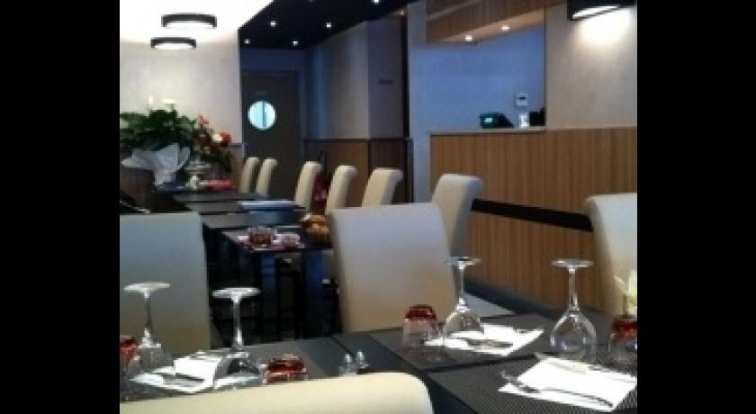 Restaurant le pointu toulon for Restaurant le pointu toulon
