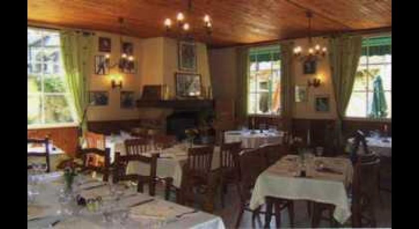 Restaurant Le Cochon Qui Rit Plailly restaurant Plailly