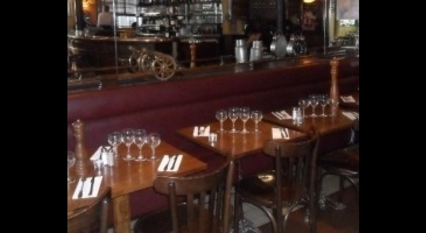 Restaurant le r veil bastille paris for Restaurant bastille terrasse