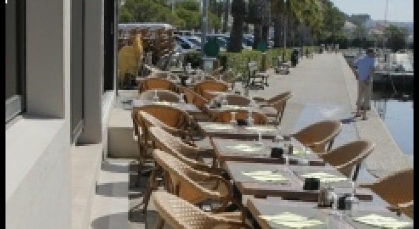 restaurant les 2 soeurs saint cyr sur mer. Black Bedroom Furniture Sets. Home Design Ideas