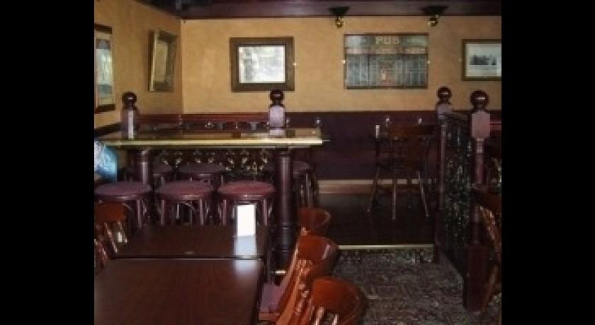restaurant au bureau noisy le grand. Black Bedroom Furniture Sets. Home Design Ideas