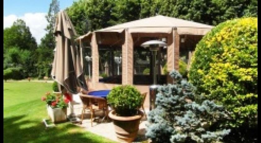 Restaurant fran ais les jardins de la vieille fontaine for Restaurant jardin yvelines