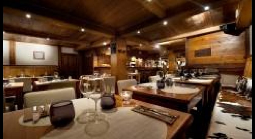 Restaurant Zinc Des Neiges Courchevel