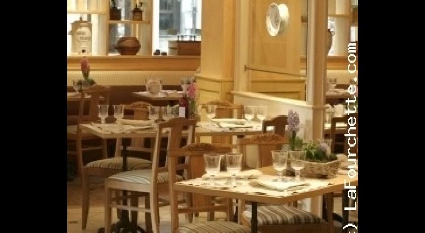 restaurant chez cl ment nantes nantes. Black Bedroom Furniture Sets. Home Design Ideas