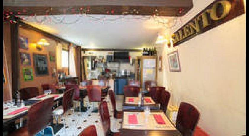 restaurant italien salento paris. Black Bedroom Furniture Sets. Home Design Ideas