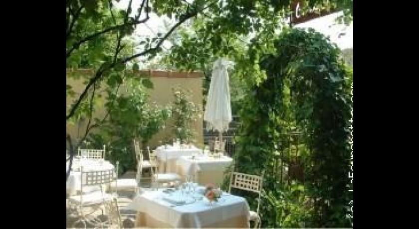 Restaurant caf fleurs au jardin d 39 aubanel l 39 isle sur la for Resto au jardin