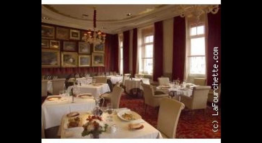 restaurant le georges h tel spa le grand monarque chartres. Black Bedroom Furniture Sets. Home Design Ideas