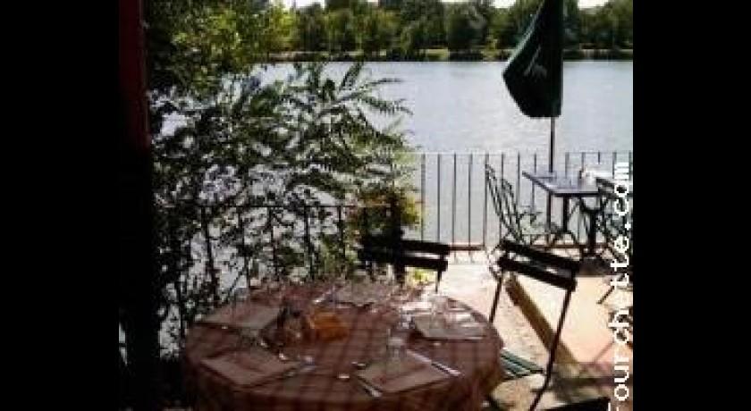 Restaurant La Guinguette Du Vieux Moulin Villeneuve-l�s-avignon restaurant Villeneuve-l�s-Avignon