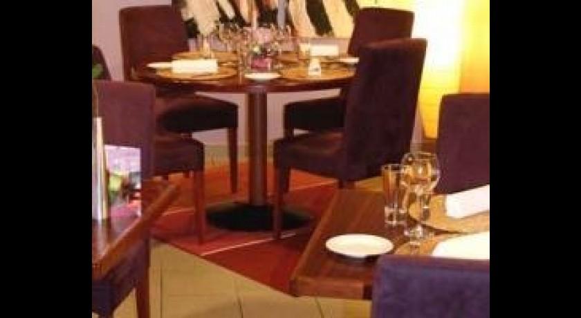 restaurant l 39 imp rial la valette du var. Black Bedroom Furniture Sets. Home Design Ideas