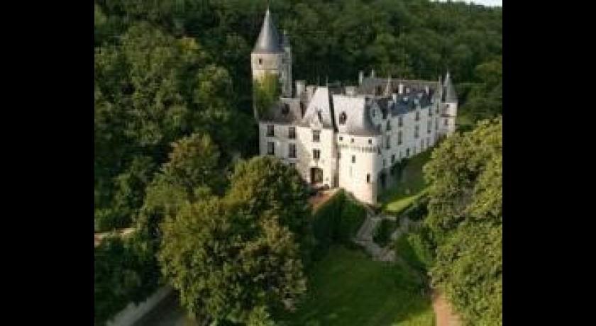 Château de Chissay, 1 à 3 Place Paul Boncour, …