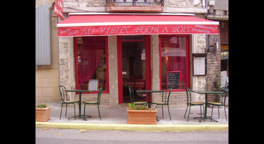 Restaurant au vieux four bois cr mieu for Restaurant cremieu
