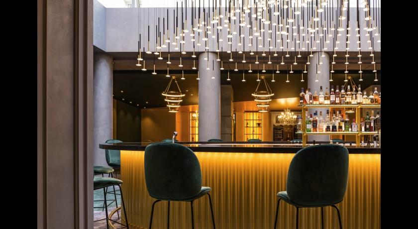 restaurant restaurant l alc ve h tel le louis versailles. Black Bedroom Furniture Sets. Home Design Ideas