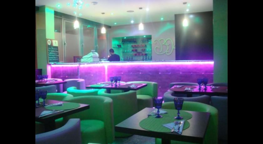 restaurant bim 39 kim concept ivry sur seine. Black Bedroom Furniture Sets. Home Design Ideas