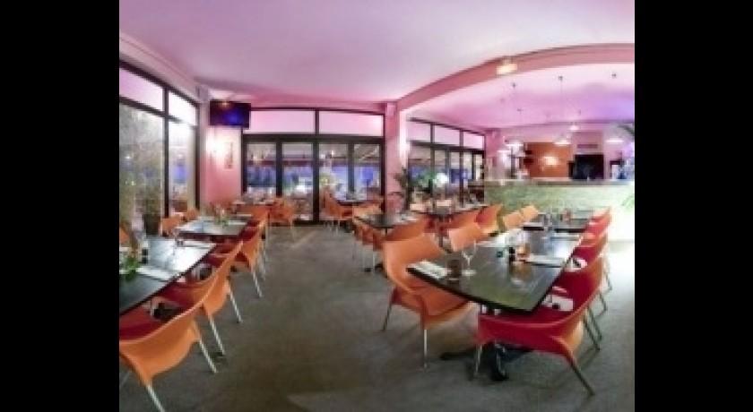 Restaurant l 39 atoll saint laurent du var - Restaurant port de saint laurent du var ...